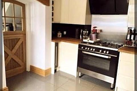 3 bedroom detached house to rent - Church Mount, Sutton, Hull, HU7 4TJ