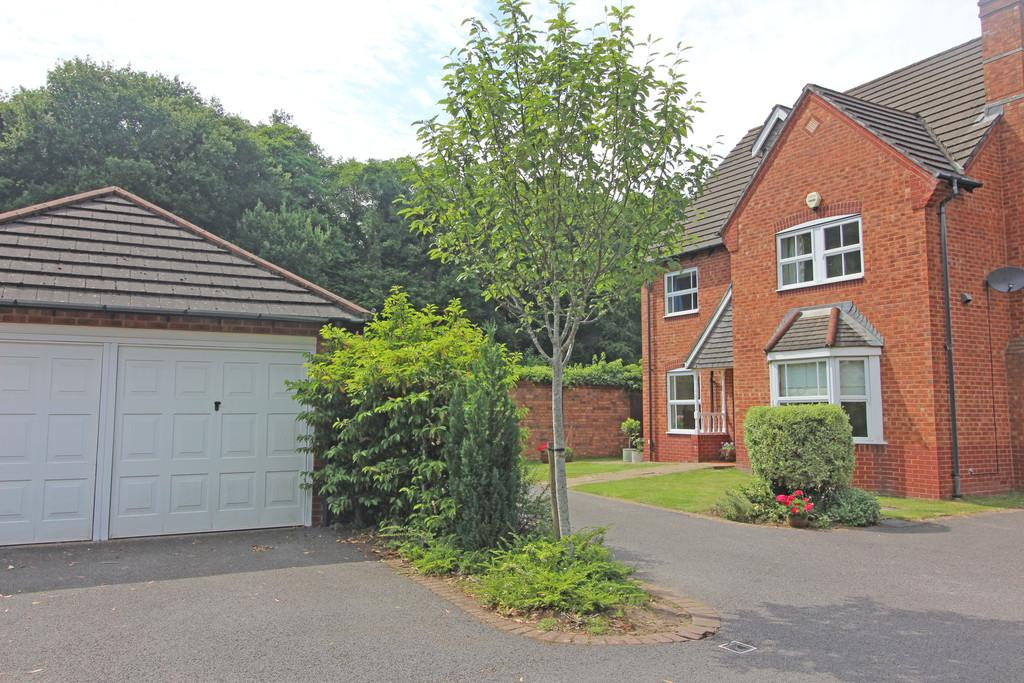 4 Bedrooms Detached House for sale in Clos Llysfaen, Lisvane