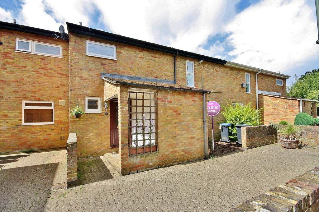 3 Bedrooms Terraced House for sale in Knaphill, Woking