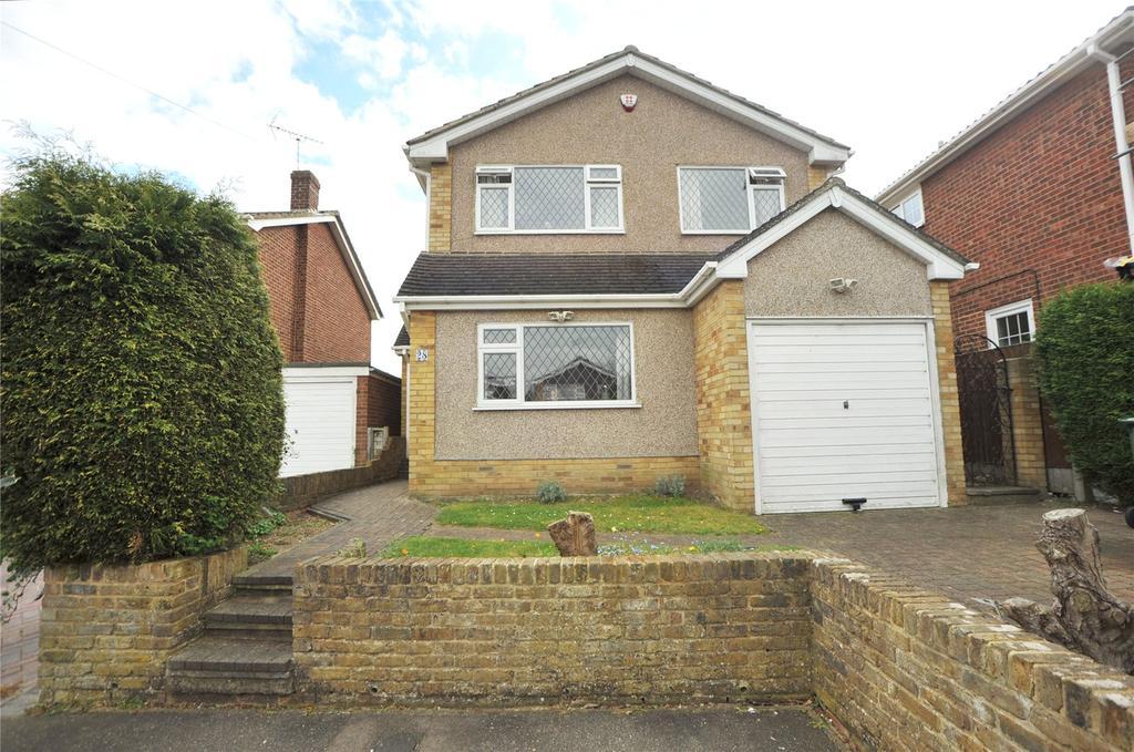 4 Bedrooms Detached House for sale in Parsonage Field, Doddinghurst, Brentwood, Essex, CM15