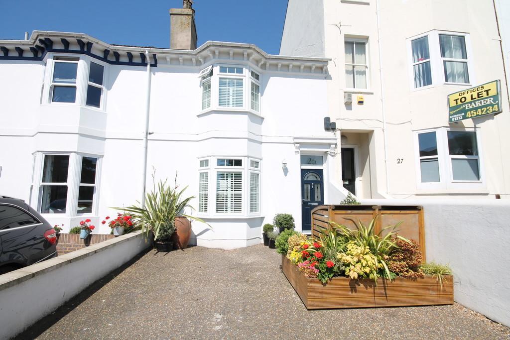 4 Bedrooms Terraced House for sale in Buckingham Road, Shoreham-by-Sea, BN43 5UA