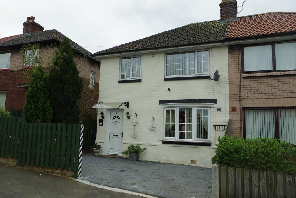 3 Bedrooms Semi Detached House for sale in Webster Crescent, Carlisle
