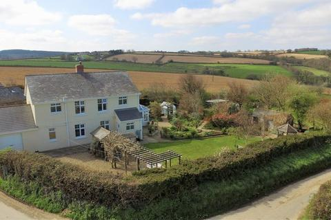4 bedroom detached house for sale - Parkham, Bideford