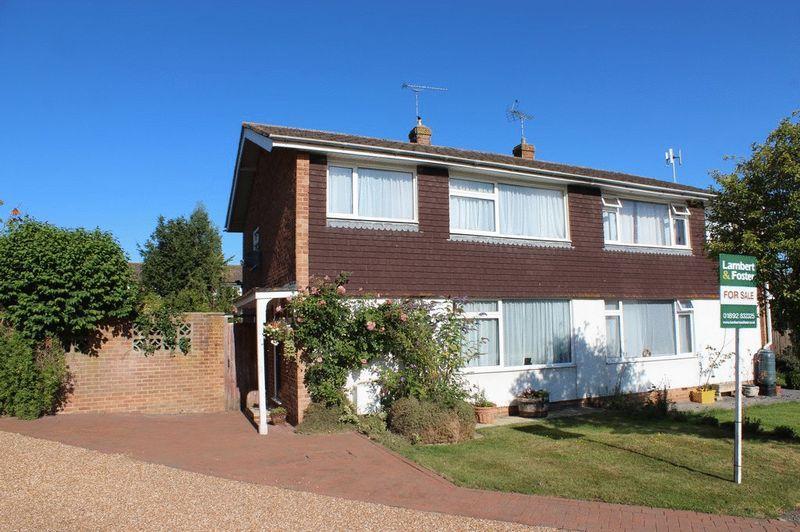 3 Bedrooms Semi Detached House for sale in Staplehurst