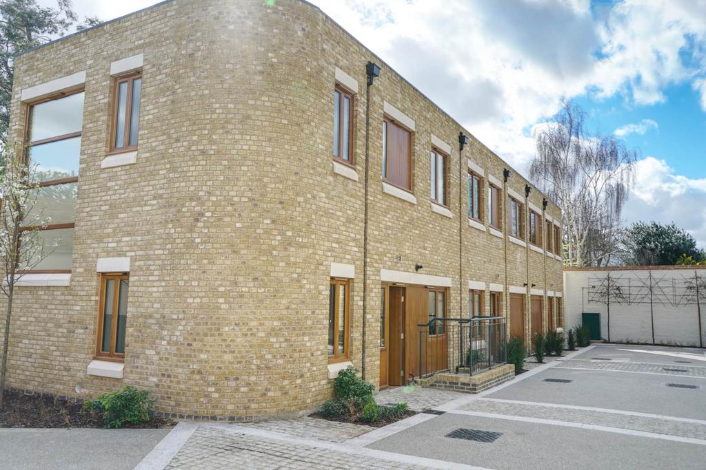3 Bedrooms Town House for sale in Paragon Mews, Meadow Road, SW8