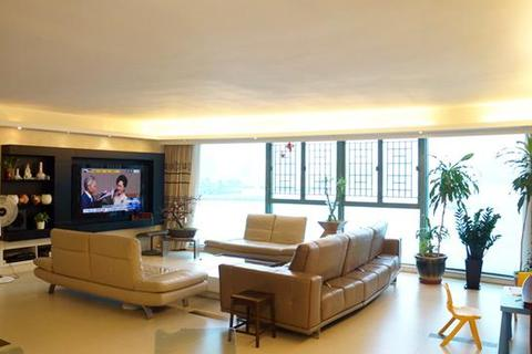 3 bedroom apartment  - Laguna Verde Phase 2B, Laguna Verde Avenue, Hung Hom, Kowloon
