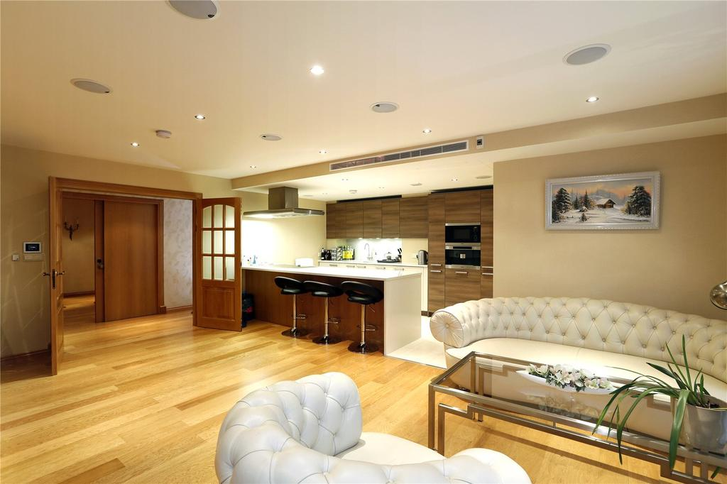 3 Bedrooms Flat for sale in Banyan House, Imperial Wharf, Fulham, London, SW6