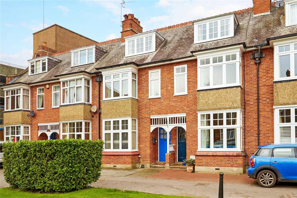 4 Bedrooms Terraced House for sale in Cadogan Gardens, Tunbridge Wells, Kent, TN1