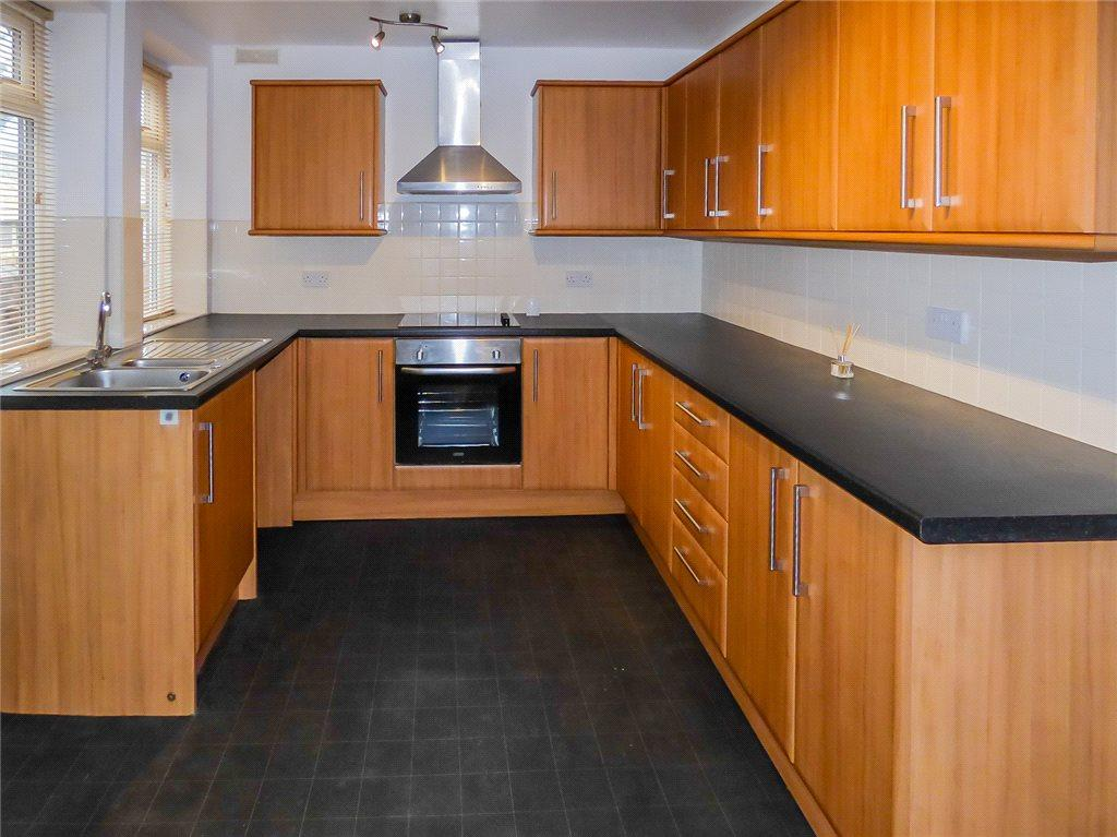 3 Bedrooms Terraced House for sale in Sedbergh Avenue, Marton, Blackpool