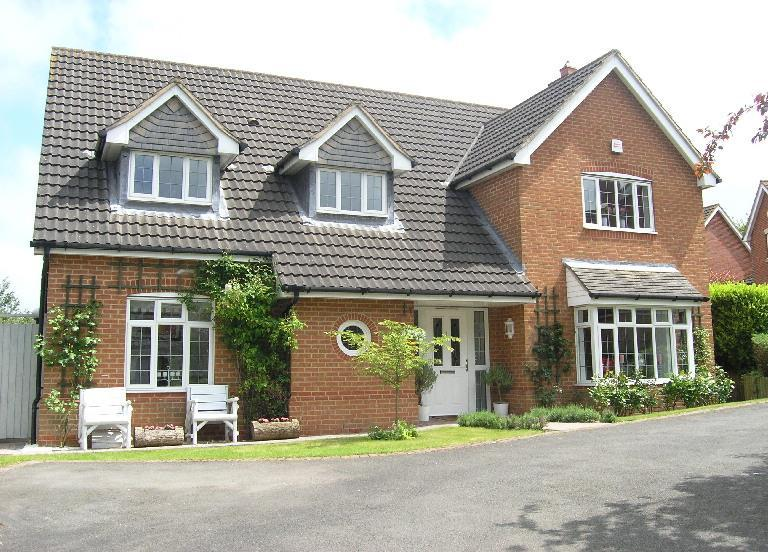 4 Bedrooms Detached House for sale in Peckleton View, Desford