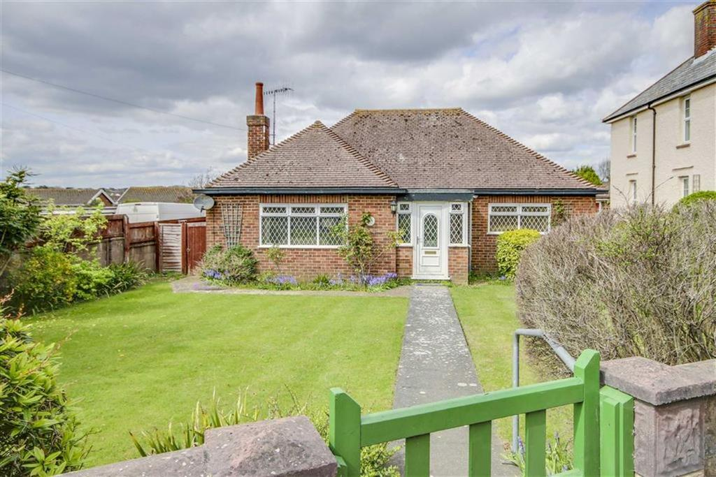 2 Bedrooms Detached Bungalow for sale in Etherton Way, Seaford