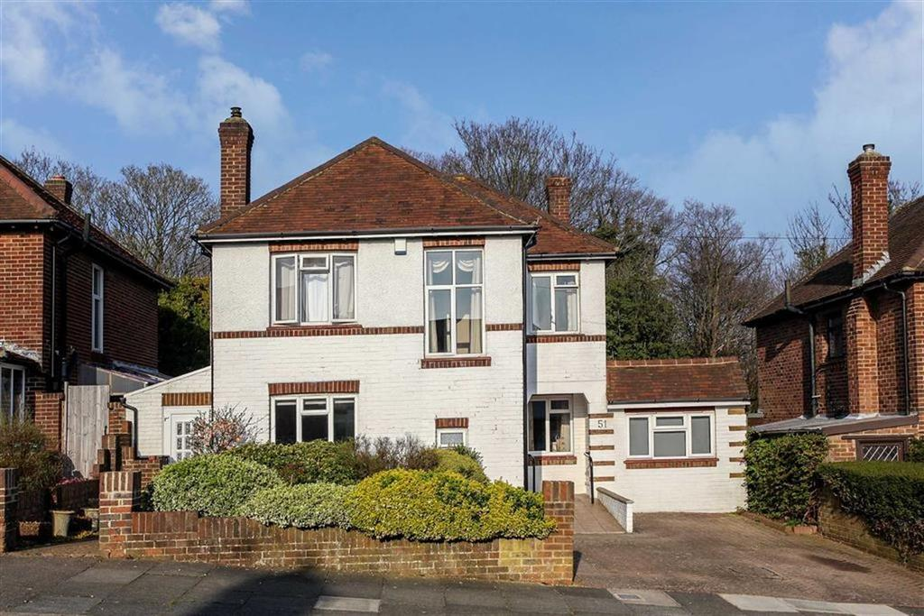 4 Bedrooms Detached House for sale in Woodland Avenue, Hove, East Sussex