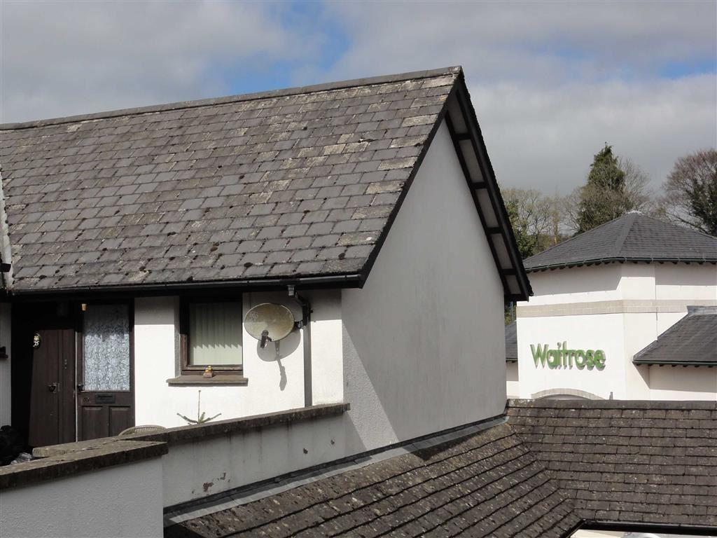 2 Bedrooms Apartment Flat for sale in Charter Place, Okehampton, Devon, EX20