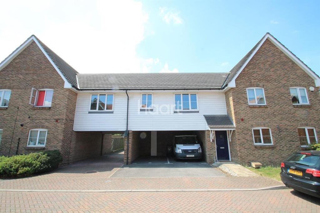 2 Bedrooms Flat for sale in Baker Crescent, Dartford