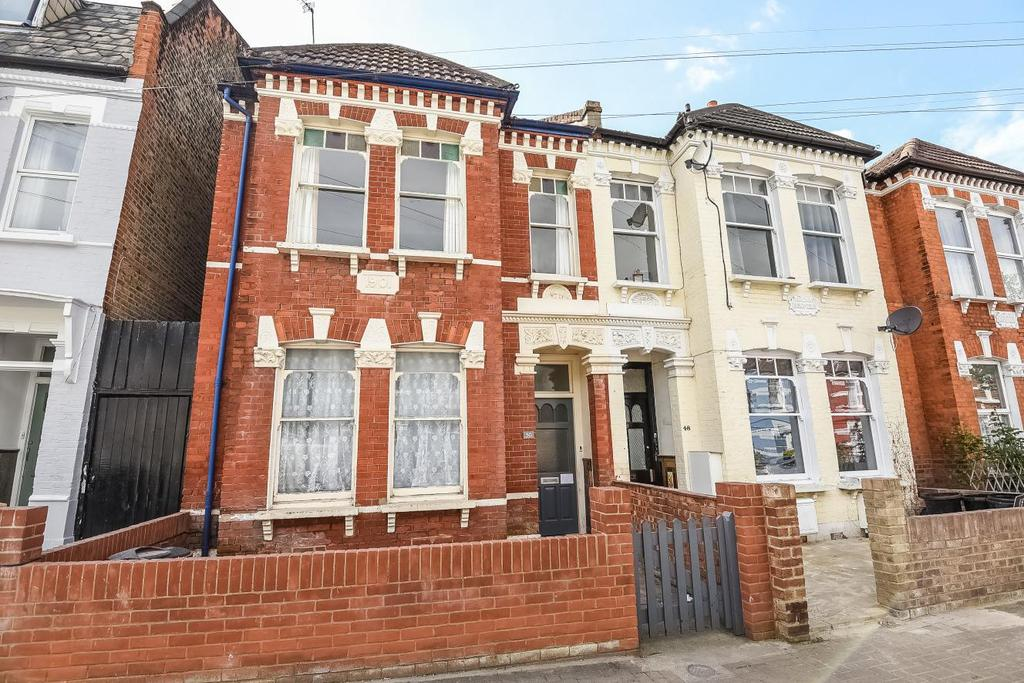 3 Bedrooms Flat for sale in Moring Road, Tooting