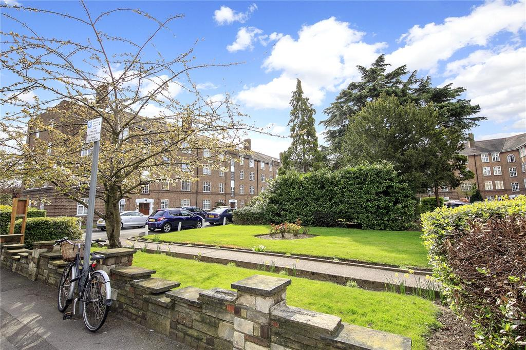 3 Bedrooms Flat for sale in Norbiton Hall, Birkenhead Avenue, Kingston