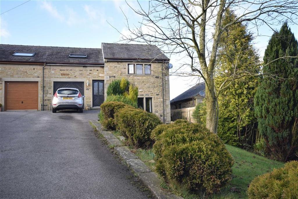 3 Bedrooms Semi Detached House for sale in Dean Street, Trawden, Lancashire