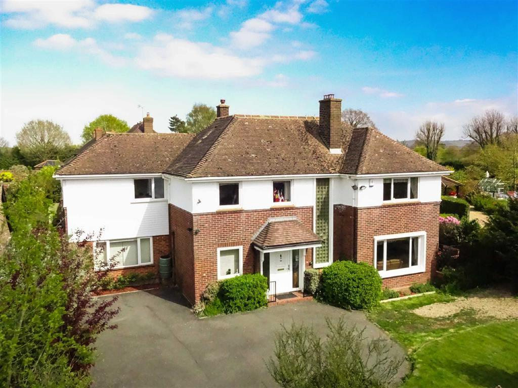 4 Bedrooms Detached House for sale in Ulley Road, Kennington, Ashford
