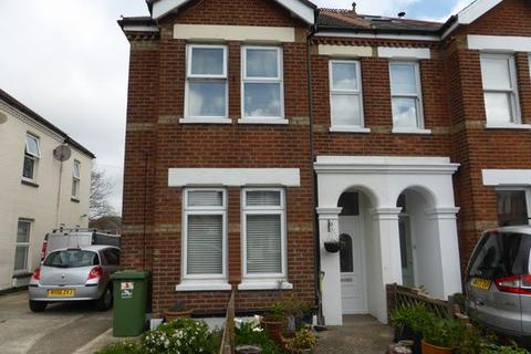 3 bedroom flat for sale - Parkstone, Poole