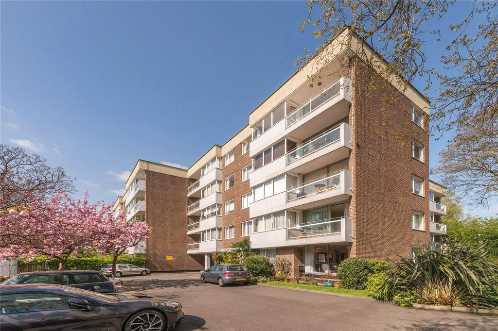 2 Bedrooms Flat for sale in Lowlands, Eton Avenue, Belsize Park, London
