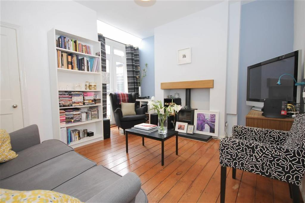 2 Bedrooms Terraced House for sale in Rushden Road, Levenshulme, Manchester