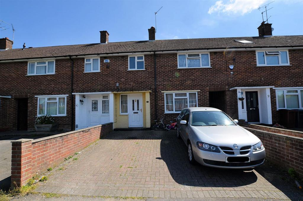 3 Bedrooms Terraced House for sale in Bray Road, Reading