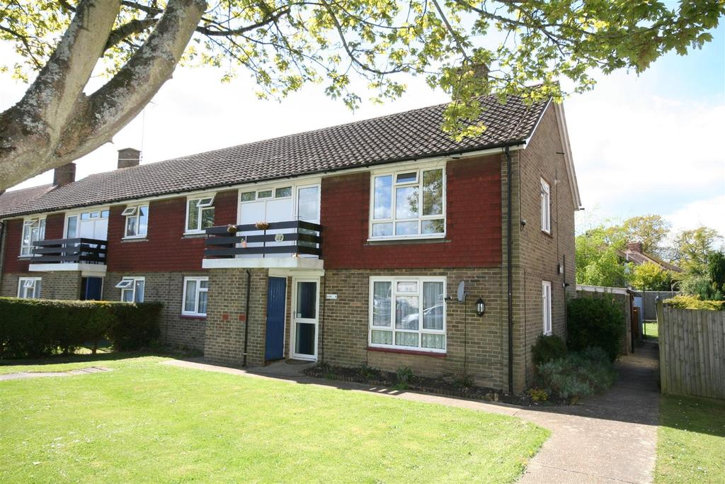 2 Bedrooms Apartment Flat for sale in Wantley Hill, Henfield