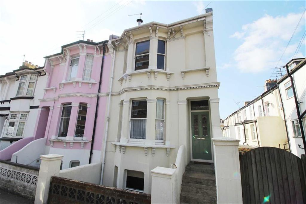 3 Bedrooms Terraced House for sale in Clarendon Road, Hove