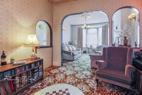 3 bedroom terraced house for sale - Maritime Street, London