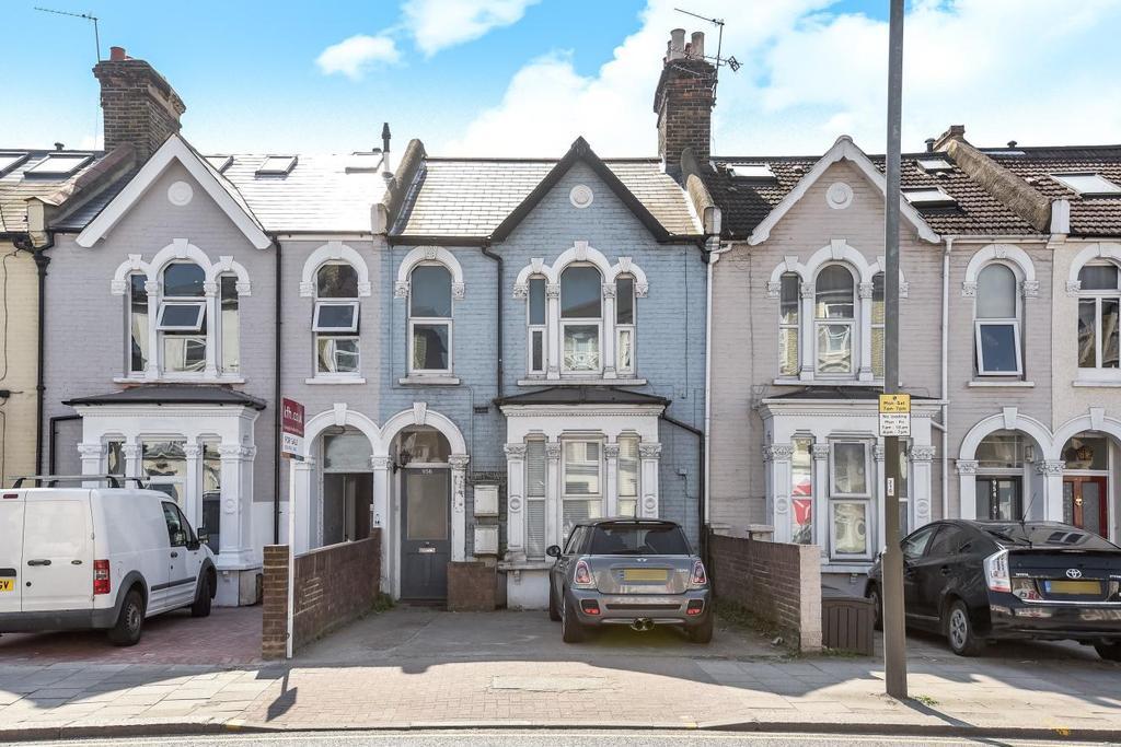 2 Bedrooms Flat for sale in Garratt Lane, Tooting, SW17