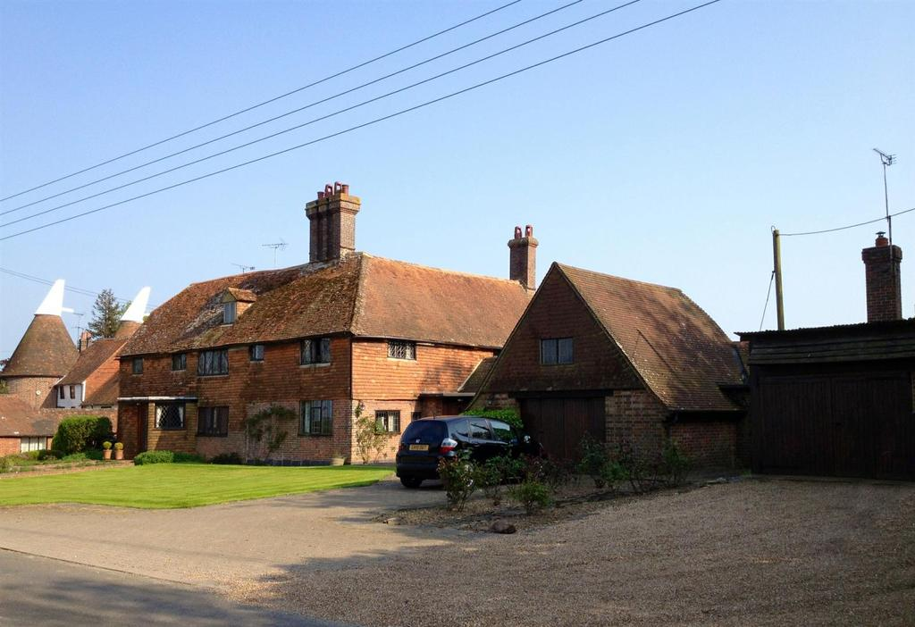 5 Bedrooms Semi Detached House for sale in Northiam, Rye