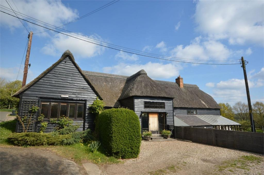 5 Bedrooms Detached House for sale in Marshs Farm, Cherry Street, Dunmow