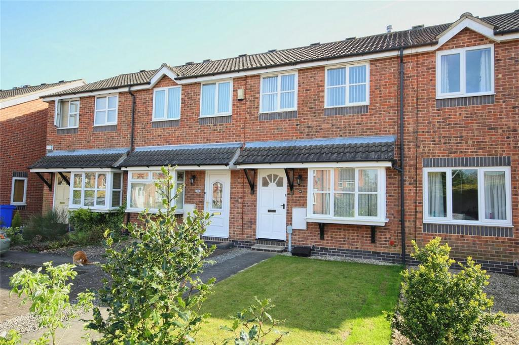 2 Bedrooms Terraced House for sale in Southwood Gardens, Cottingham, East Riding of Yorkshire