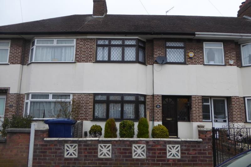 3 Bedrooms Terraced House for sale in Briar Crescent, Northolt