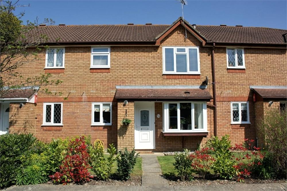 2 Bedrooms Flat for sale in Lea Court, Farnham, Surrey