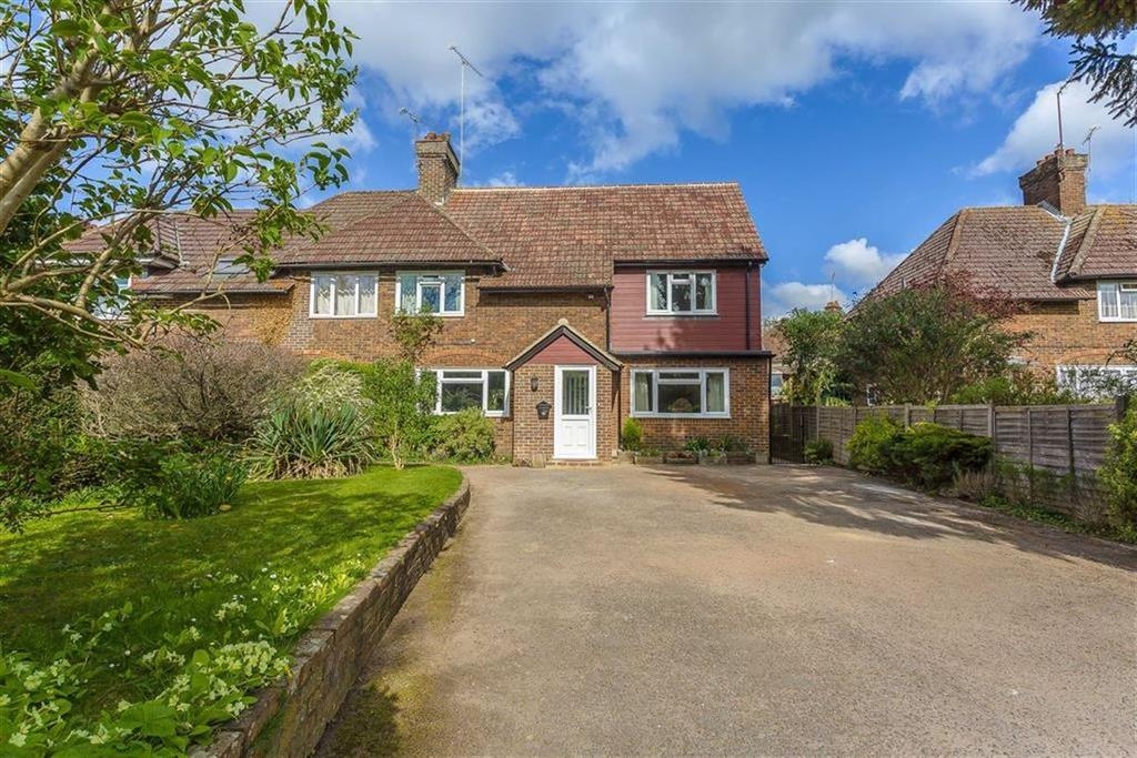 5 Bedrooms Semi Detached House for sale in Granville Road, Limpsfield, Surrey