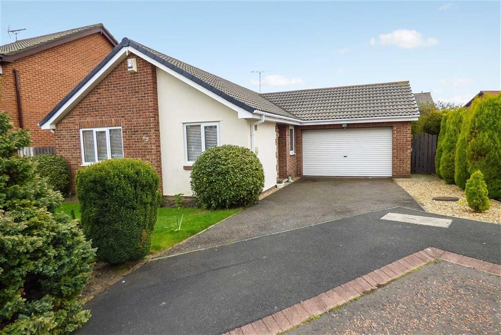 3 Bedrooms Bungalow for sale in Abbots Way, North Shields