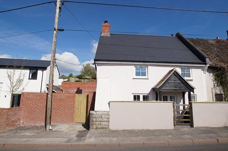 2 Bedrooms Semi Detached House for sale in Salisbury Road, Pimperne, Blandford Forum