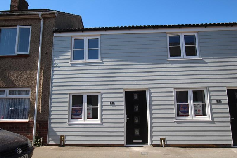 1 Bedroom Cottage House for sale in North Street, Walton On The Naze