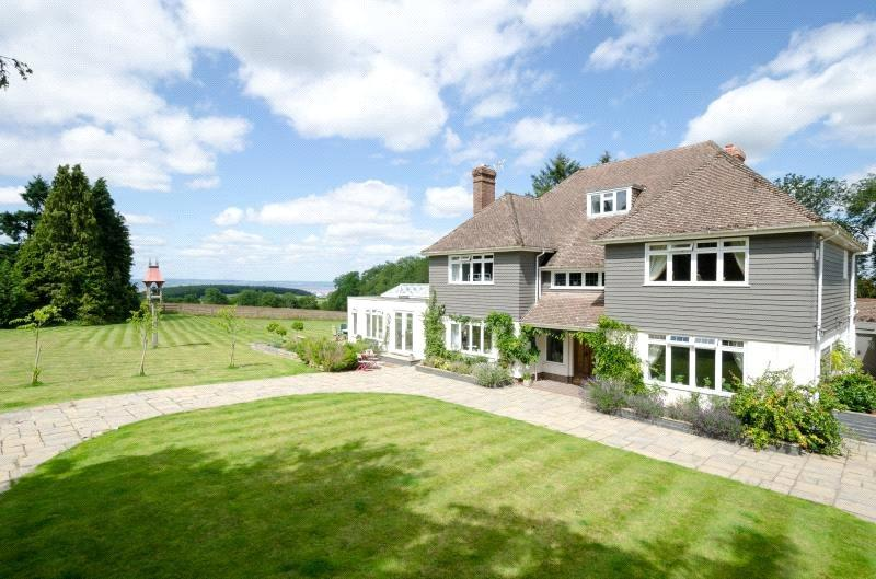 5 Bedrooms Detached House for sale in Horse Race Lane, Failand, Bristol, Somerset, BS8