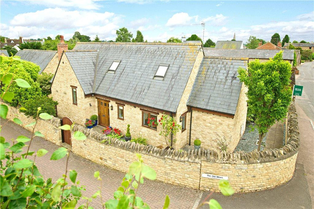 3 Bedrooms Detached House for sale in The Old Mews, West Street, Olney, Buckinghamshire