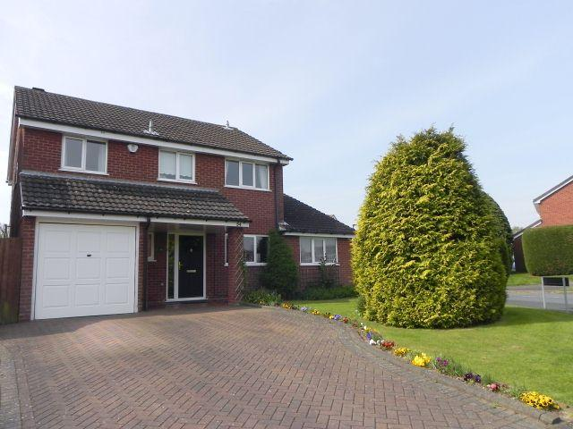 4 Bedrooms Detached House for sale in Calder Drive,Walmley,Sutton Coldfield
