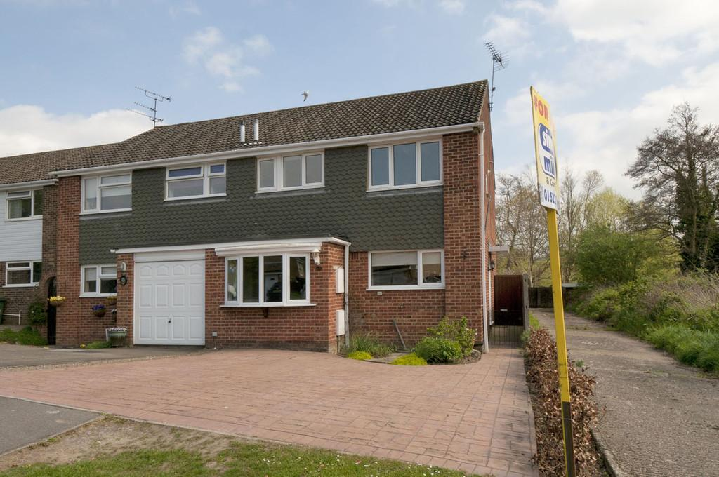 3 Bedrooms Semi Detached House for sale in Spot Lane, Bearsted