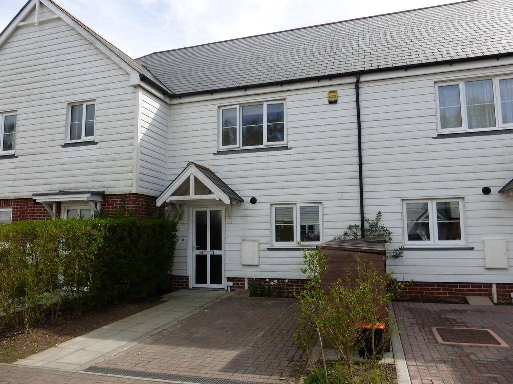 2 Bedrooms Terraced House for sale in Peter Pease Close, Kingswood, Maidstone