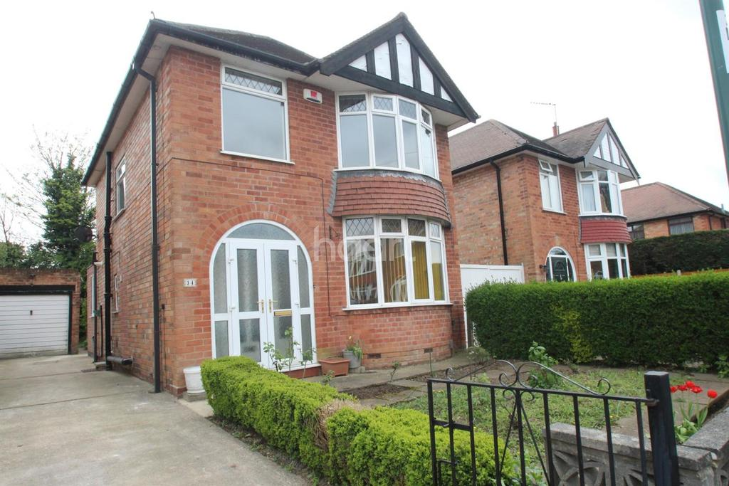 3 Bedrooms Detached House for sale in Maplestead Avenue, Wilford Village,Nottinghamshire