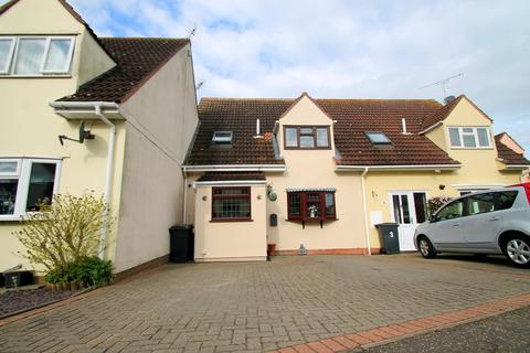 3 bedroom terraced house for sale - Churchill Rise, Chelmsford