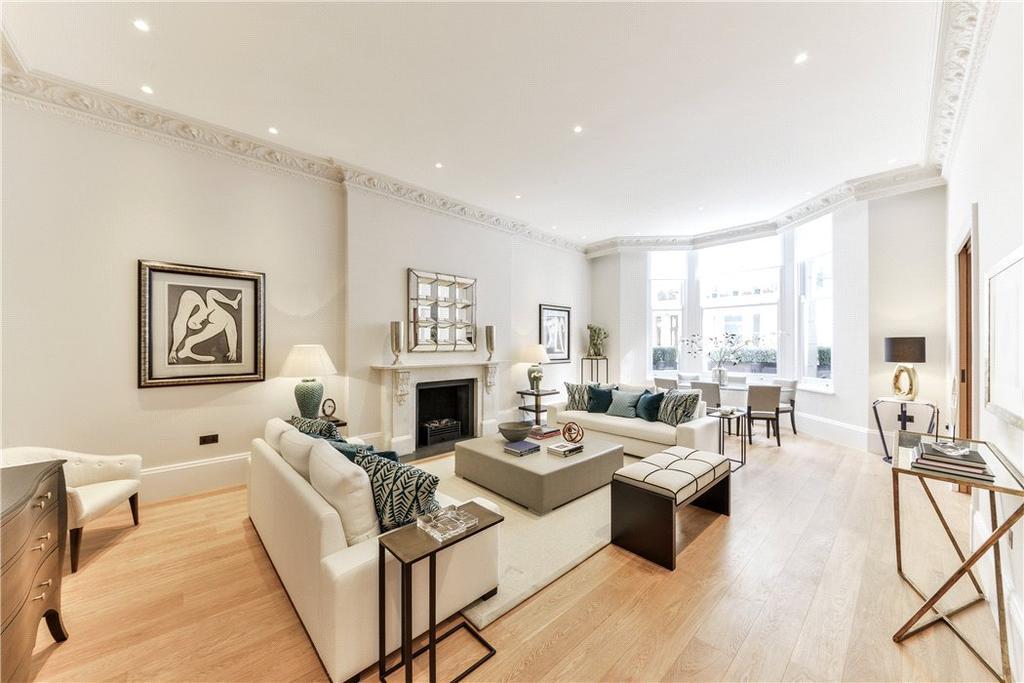 3 Bedrooms Flat for sale in De Vere Gardens, Kensington, London, W8