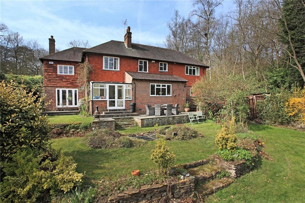 6 Bedrooms Detached House for sale in Coach Road, Ivy Hatch, Sevenoaks, TN15