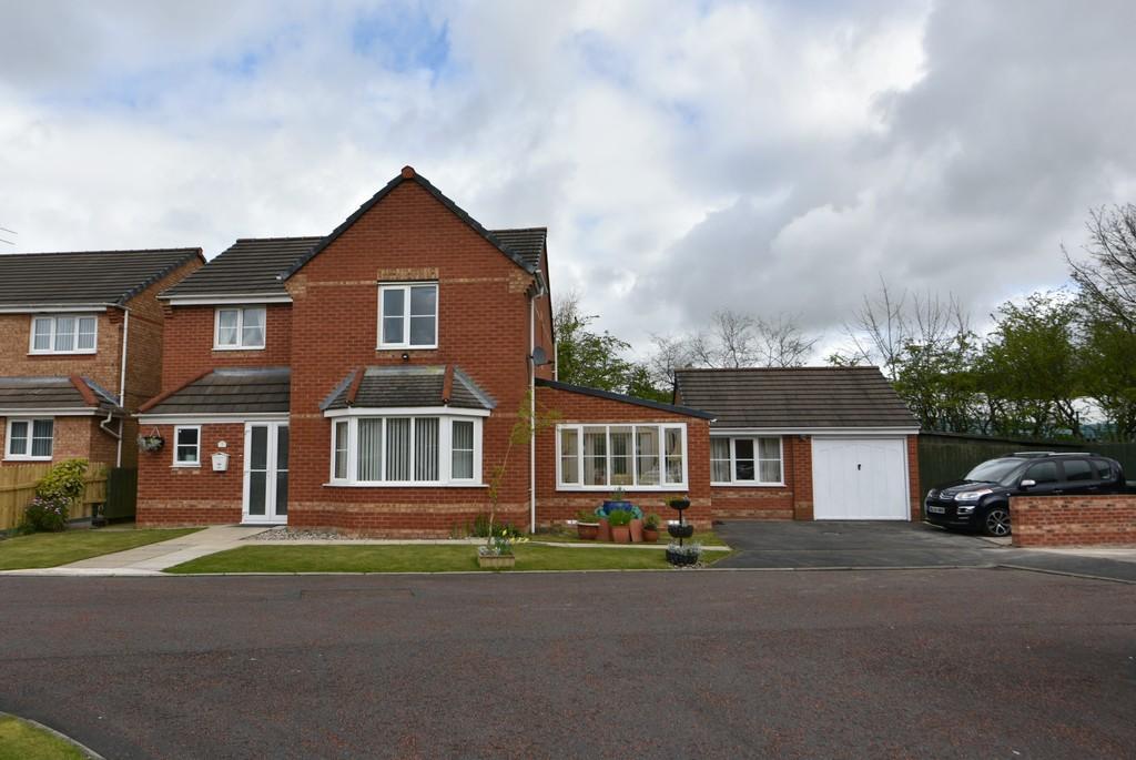 5 Bedrooms Detached House for sale in Wellington Close, Skelmersdale