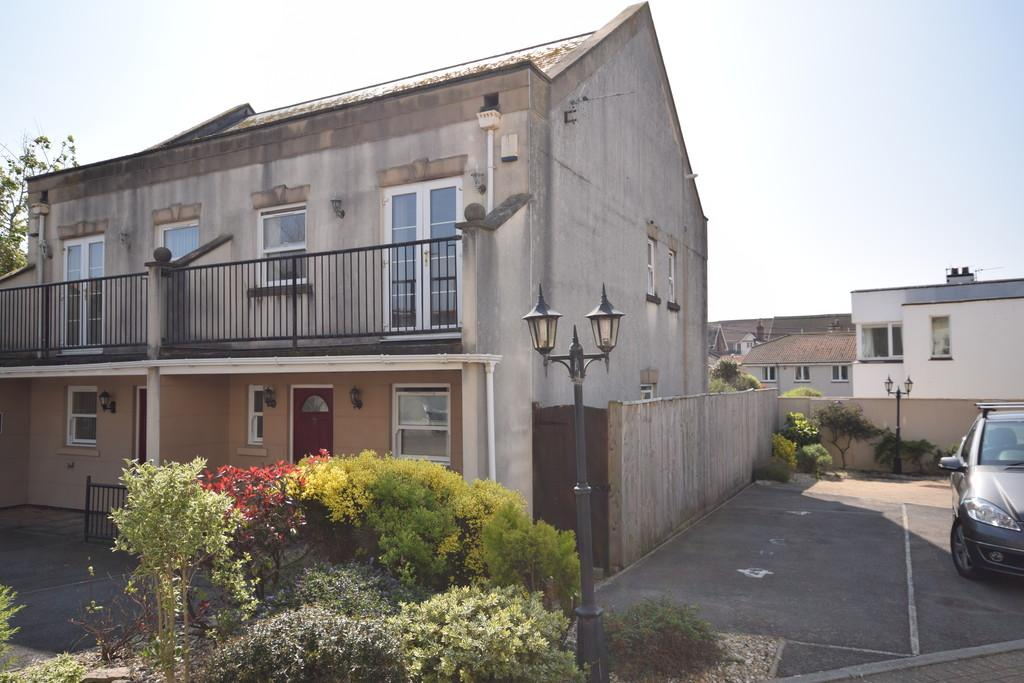 3 Bedrooms Semi Detached House for sale in The Retreat, Marine Drive, Paignton